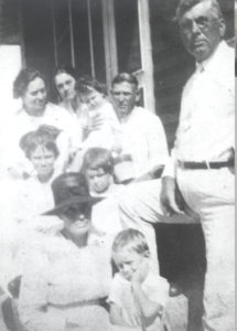 albert-harris-askew-family-1921